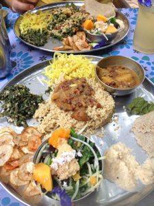 joogan-viisi-periaatetta-ruokavalio-intialainen-kasvisruoka
