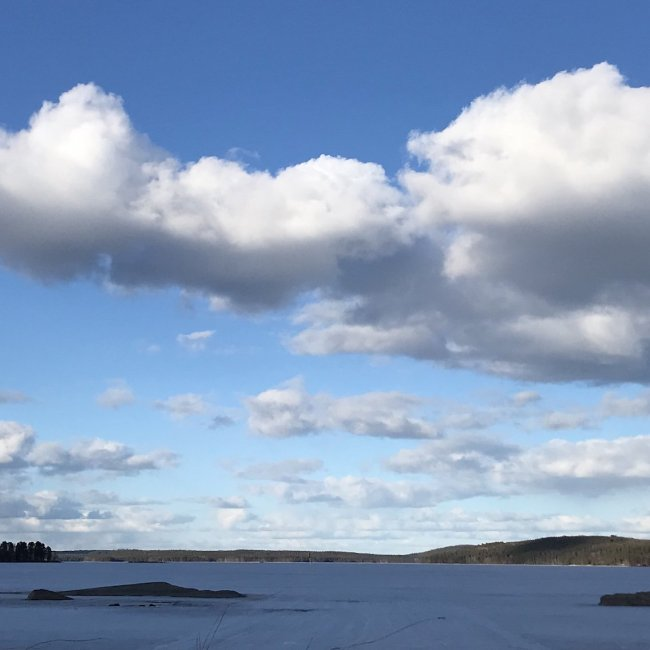 suorittaminen-pilvet-taivaalla